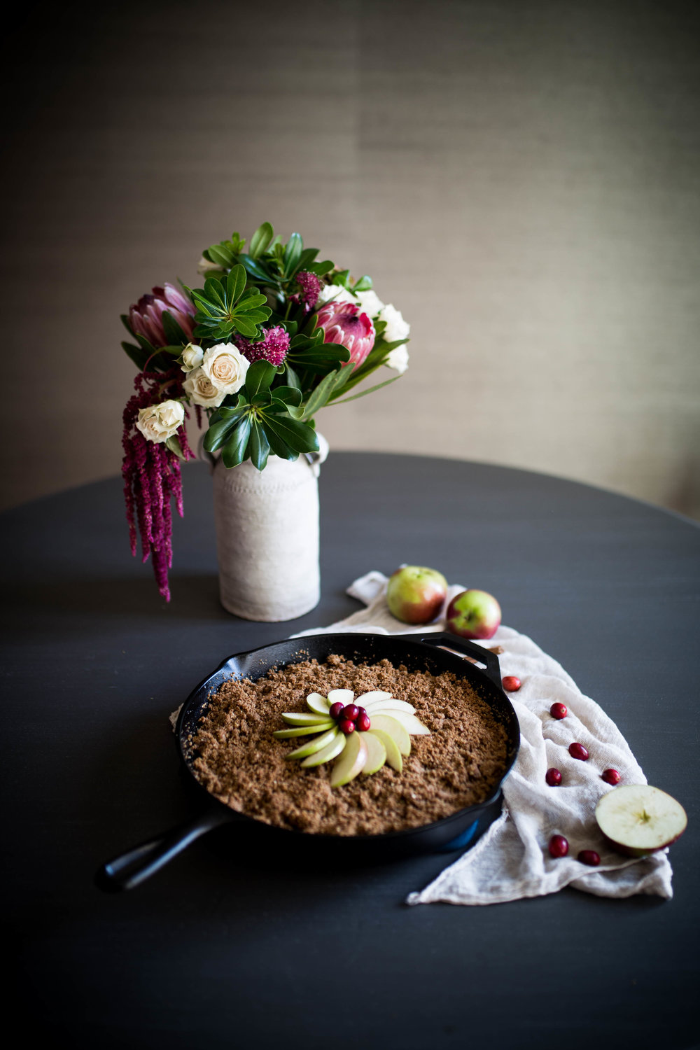 Gluten Free Cranberry Apple Crisp with Athleta | Jennifer Diaz | Holiday Recipes | Healthy Desserts | Gluten Free Desserts | Apple Pie | Thanksgiving Recipe