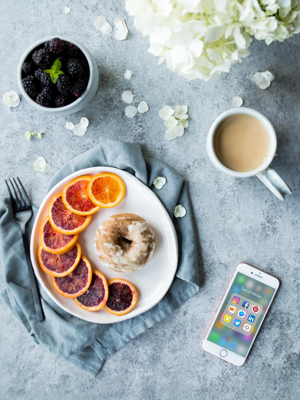 How to Create Healthy Boundaries with Social Media   Jennifer Diaz   Healthy Lifestyle   Productivity   Life Balance   Healthy Habits   Healthy Technology
