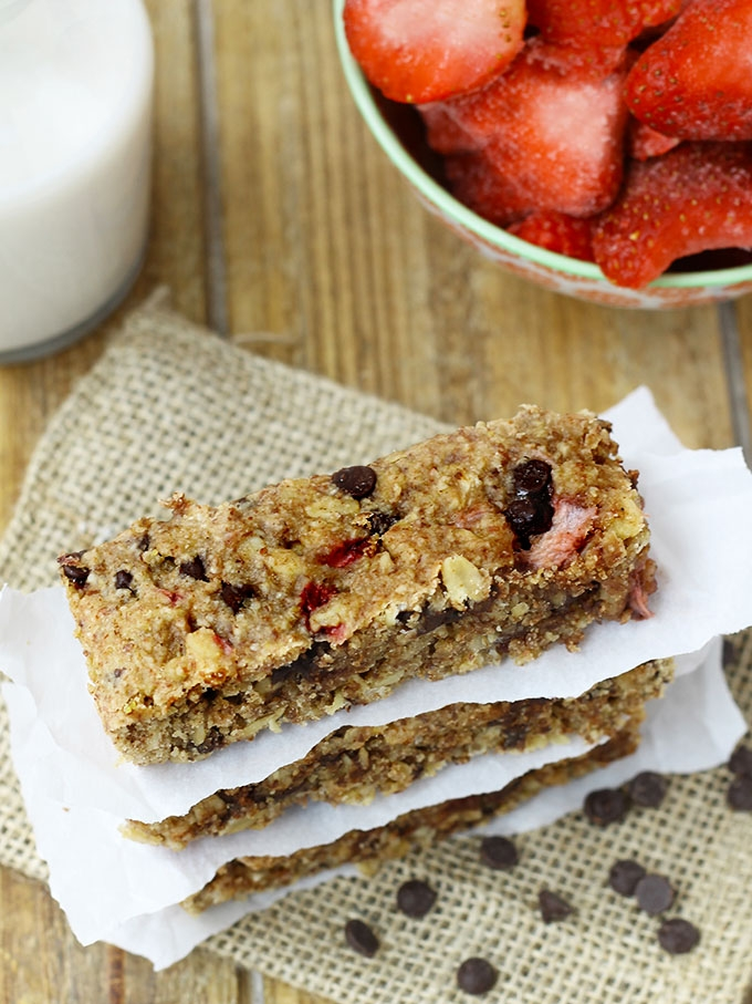 Chewy Chocolate Strawberry Granola Bars by the Healthy Maven