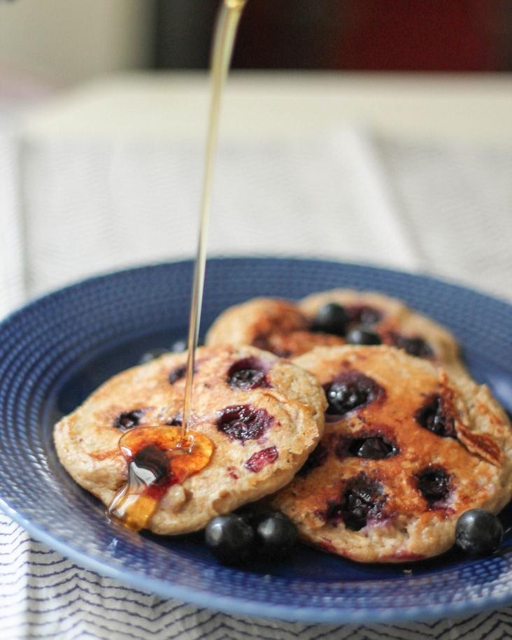 10 Healthy & Quick Options for Breakfast | Jennifer Diaz | Oatmeal Blueberry Yogurt Pancakes by Ambitious Kitchen (GF)