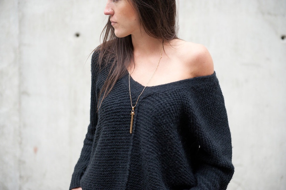 sweater + stella & dot rebel pendant - oil & grain