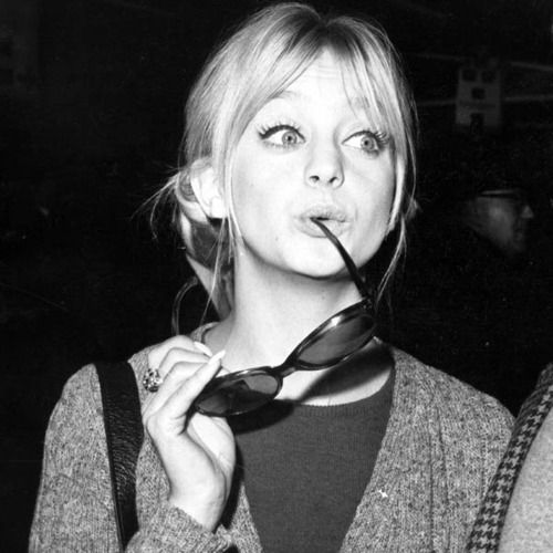 chanelbagsandcigarettedrags: Goldie Hawn, 1960s One of the best <3