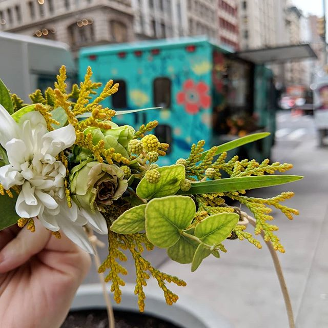 Mondays are better with flower crowns 🌼👑 This one has lisianthus, eucalyptus, mimosa, cedar and mums. So textural and lush! Available for delivery on our site 🌿🚐😉 #flowercrowns #flowercrownnyc #flowercrowndelivery #cedar #flowertruck #nycflorist #floralcrowns #mondaymotivation