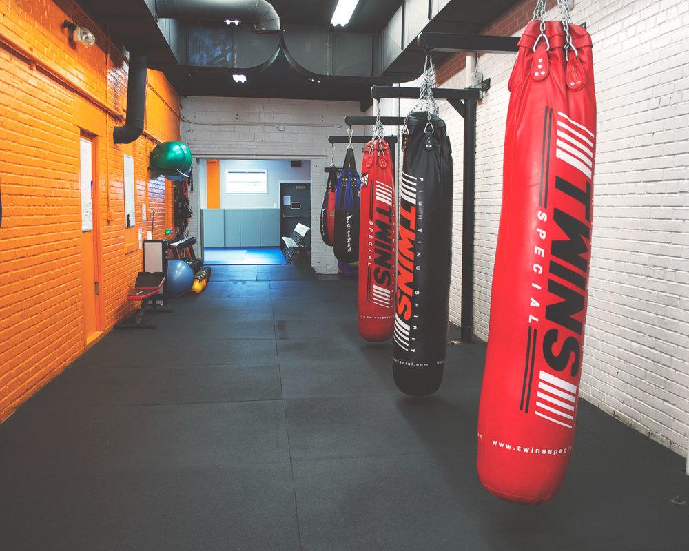 Pentagon-MMA-Gym-Arlington-VA-Muay-Thai-BJJ-11.jpg