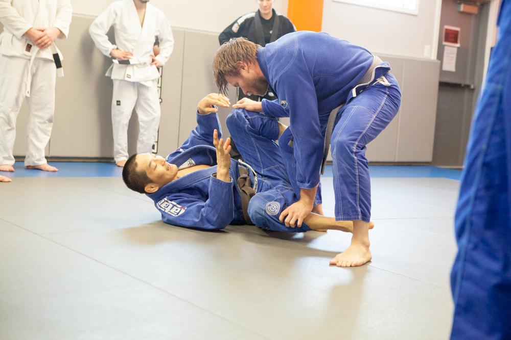 Brazilian-Jiu-Jitsu-Pentagon-MMA-3
