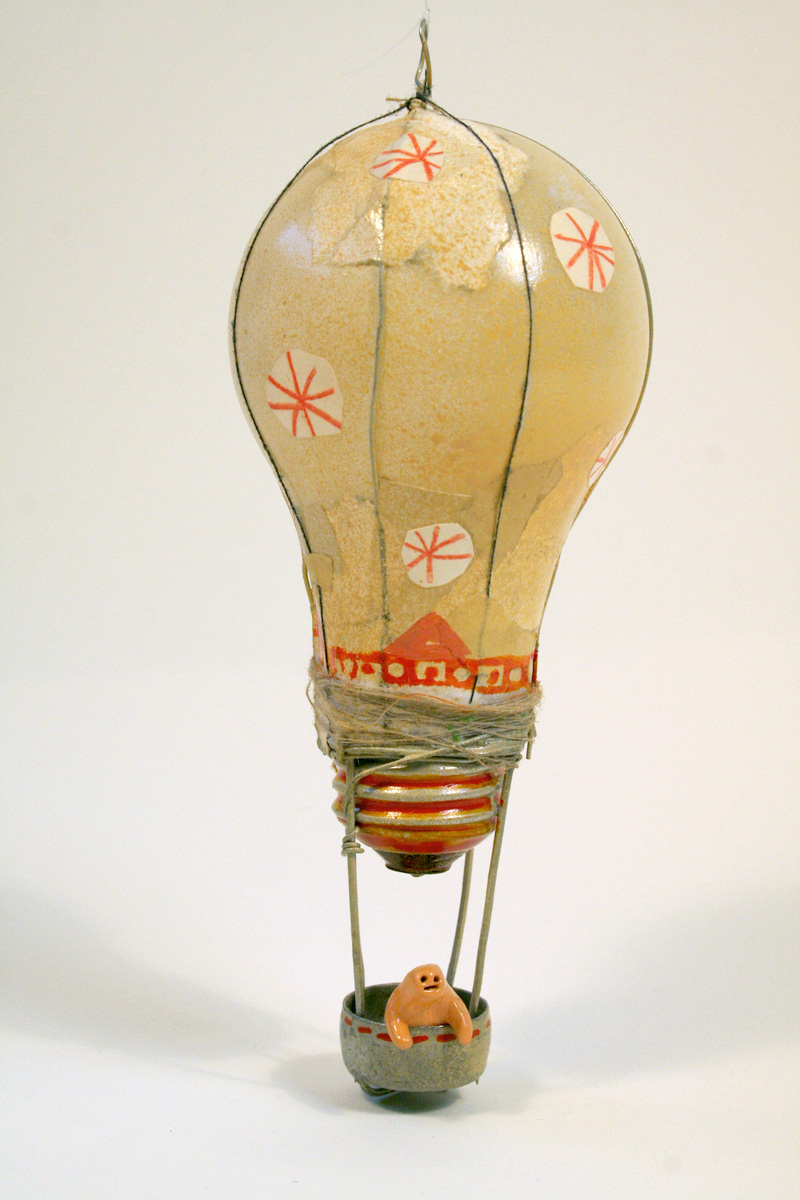 Lightbulb Balloon (Orange)