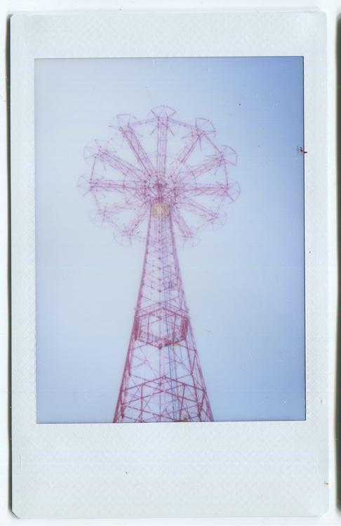 20140604200439-Fuji_Instant_Parachute_Jump_upshot.jpg