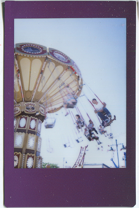 20140620115256-Fuji_Instax_swings___Luna_Gates-2.jpg