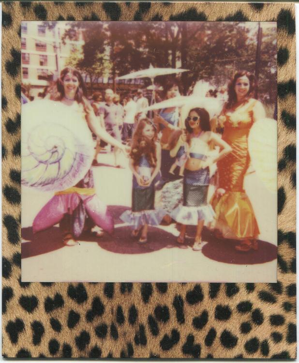 20140805151854-polaroids_-_little_girl_mermaids_family.jpg