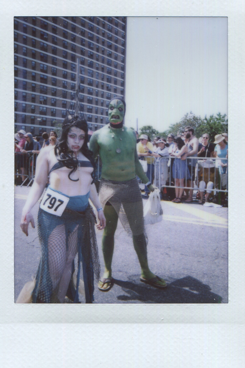 20140805154305-Fuji_Instant_creatures_from_black_lagoon.jpg