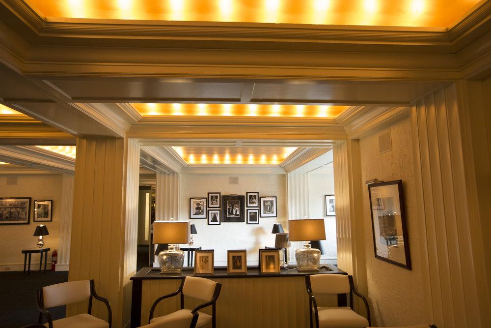Lounge 8 10-05-15..jpg