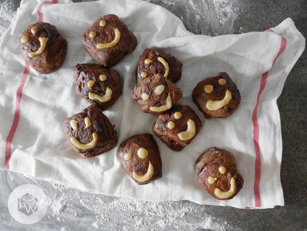double-choc-dairy-free-hot-cross-buns.jpg