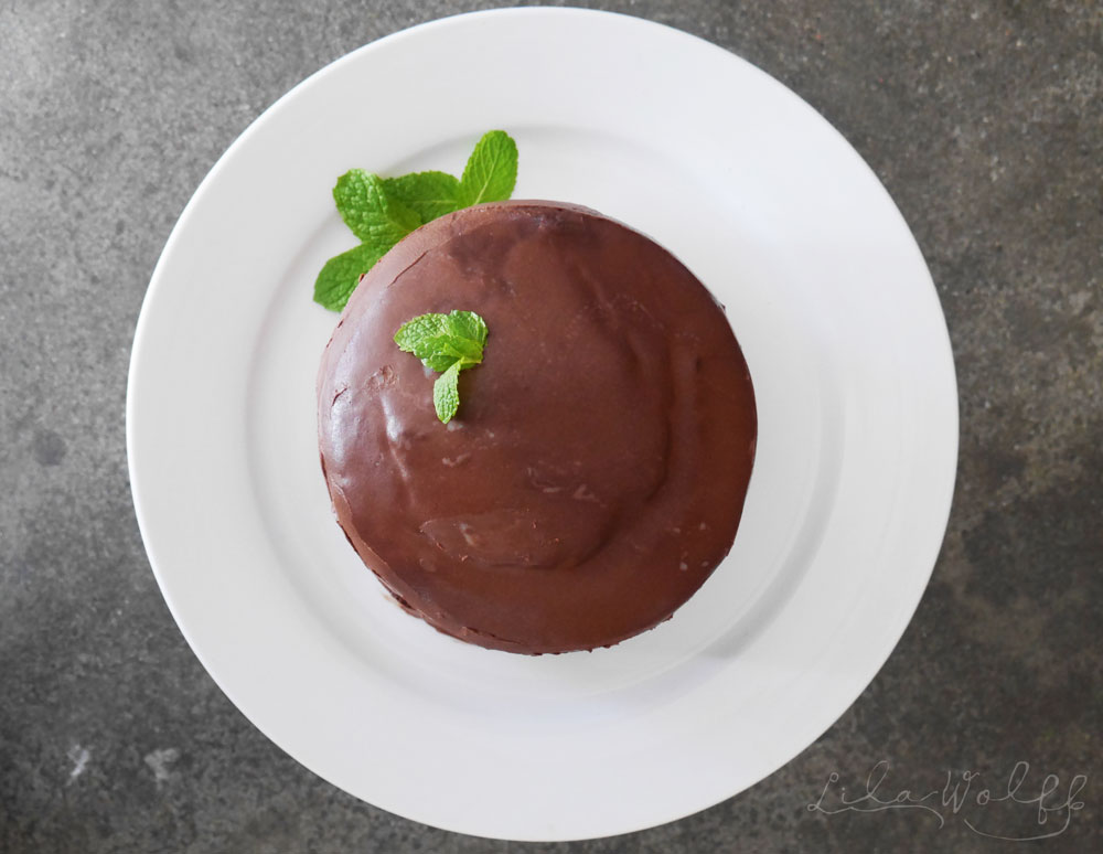 Dairy free Mint Slice cake via Lila Wolff