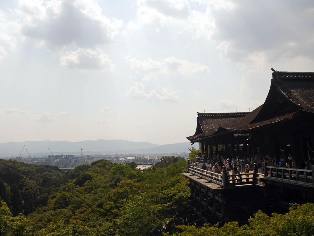 kyoto-temple-2.jpg