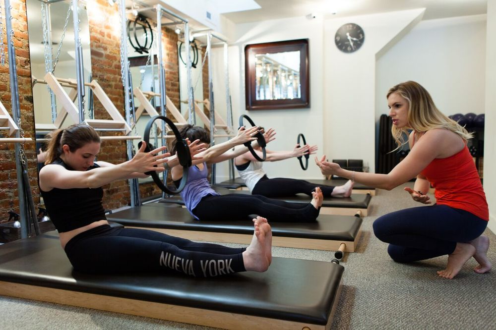 JulieAnne Hull teaches a Mat Class at the Uptown Pilates West Village studio. Picture by CLASSPASS