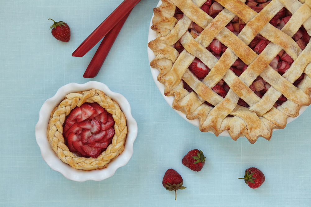 strawberry-rhubarb_pie_012_reds-2.jpg