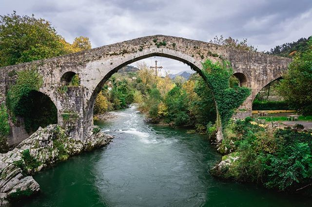 "This ""Roman"" bridge over the Sella River in Cangas de Onís, a municipality in the province of Asturias, was built in the 14th or 15th Century. I later discovered it was the site of the first victory (in the 700s) by a Christian military force in Iberia since the Islamic conquest, signifying the beginning of the Reconquista. . . . . . #wanderlust #wandrlustr #traveltips #wander #españa🇪🇸 #Asturias #instapassport #aroundtheworldpix #ig_masterpiece #campinassp #flashesofdelight #travelog #mytinyatlas #icu_architecture #creative_architecture #arkiromantix #tv_architectural #archimasters #excellent_structure #arquitecturamx #diagonal_symmetry #visitspain #icu_spain #ok_spain #spain2018 #sonyimages #sonyalpha #sonyalphasclub"