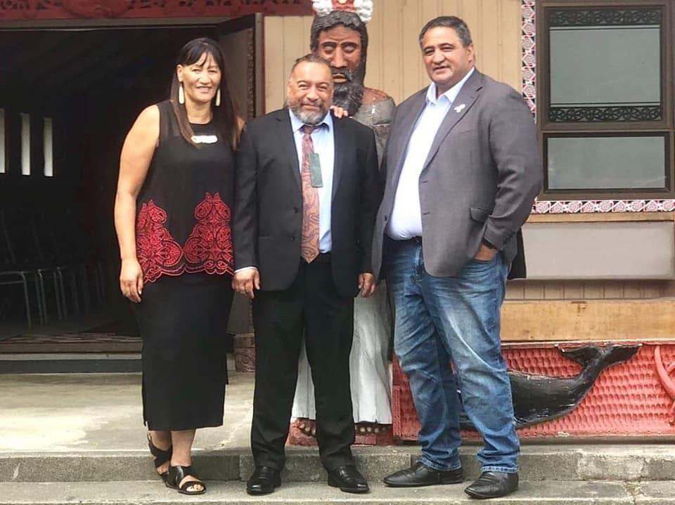 Alishia and Kura Moeahu with Amai Thompson at Waikawa