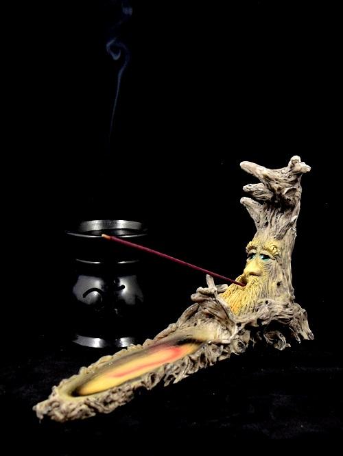 incense 4.jpg
