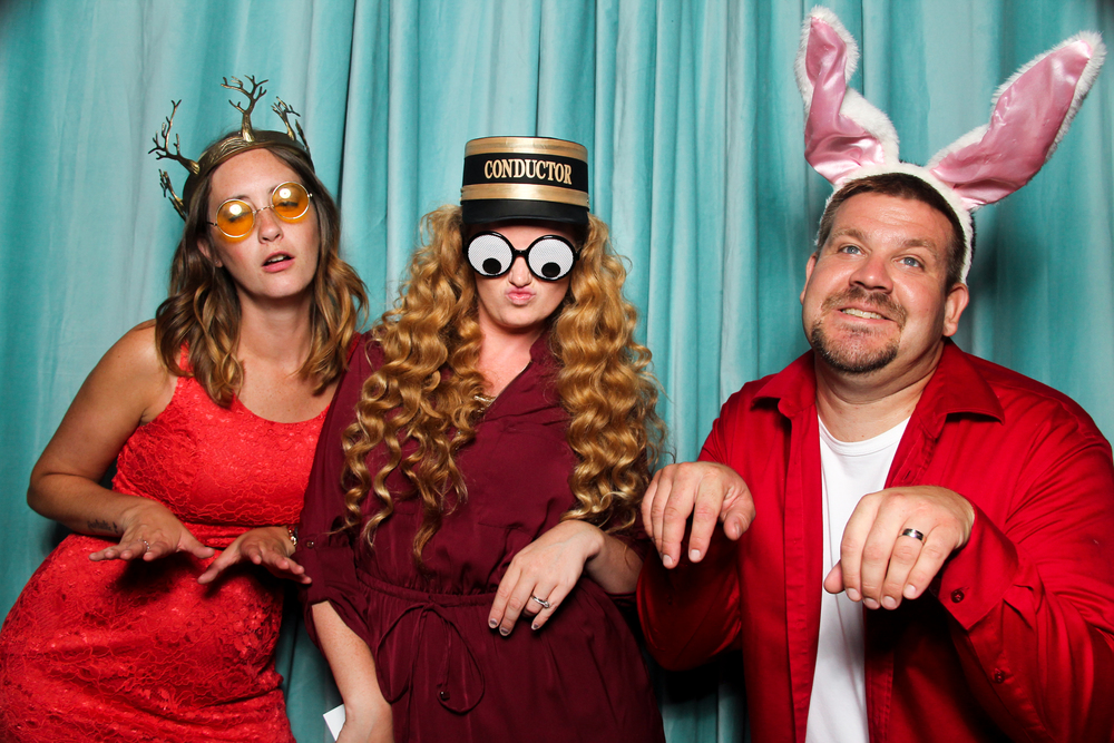 Snaptique Photo Booth - Design Exchange (13 of 19).jpg