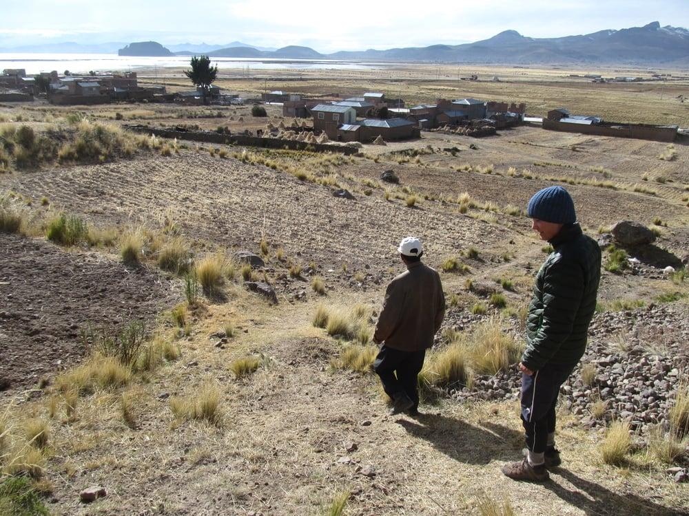 Hernaldo gives us a tour of his land.