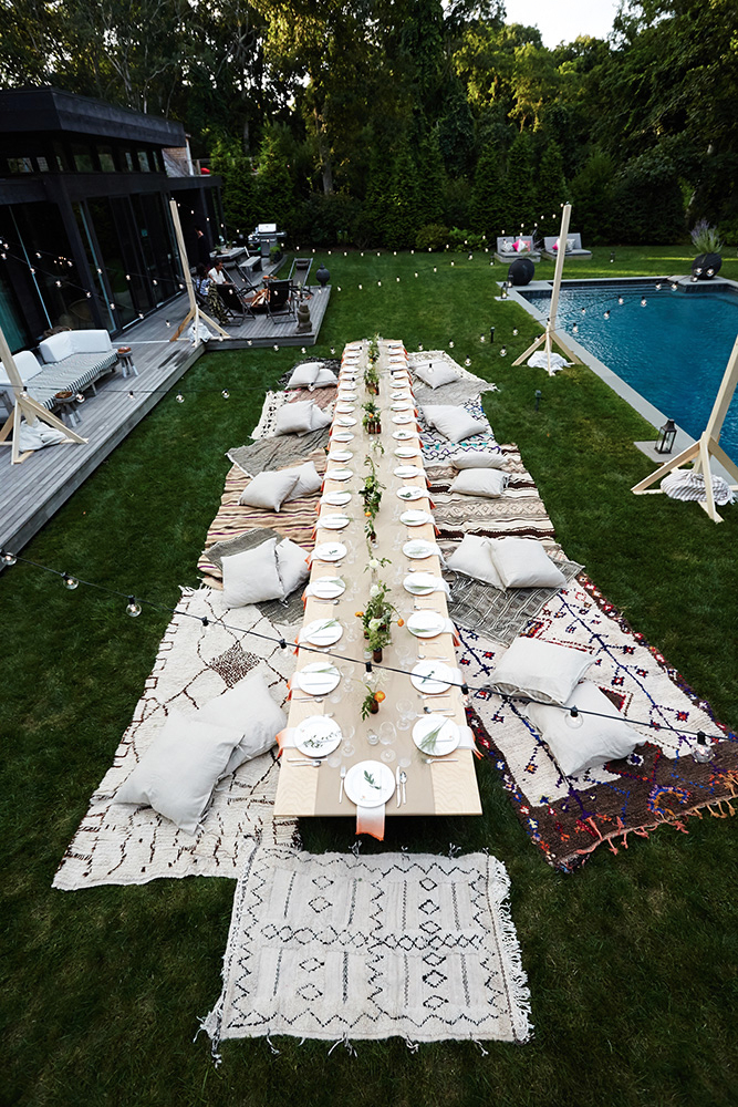 1.  EYE SWOON'S MID SUMMER NIGHT'S DREAM:   Throws , pillows and  string lighting  for al fresco perfection. Oh, and  Kraft Paper Runners  of course.