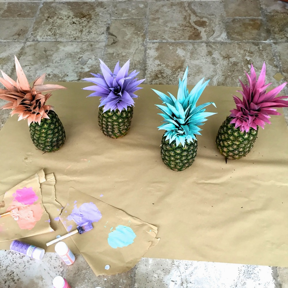 DIY Tutorial on spray painting pineapples