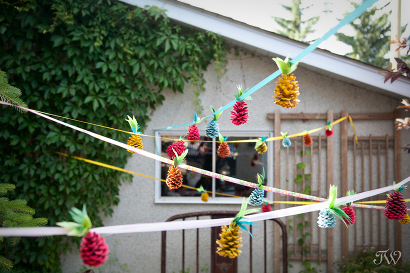 Pincones turned Pineapple Garland for your next Luau