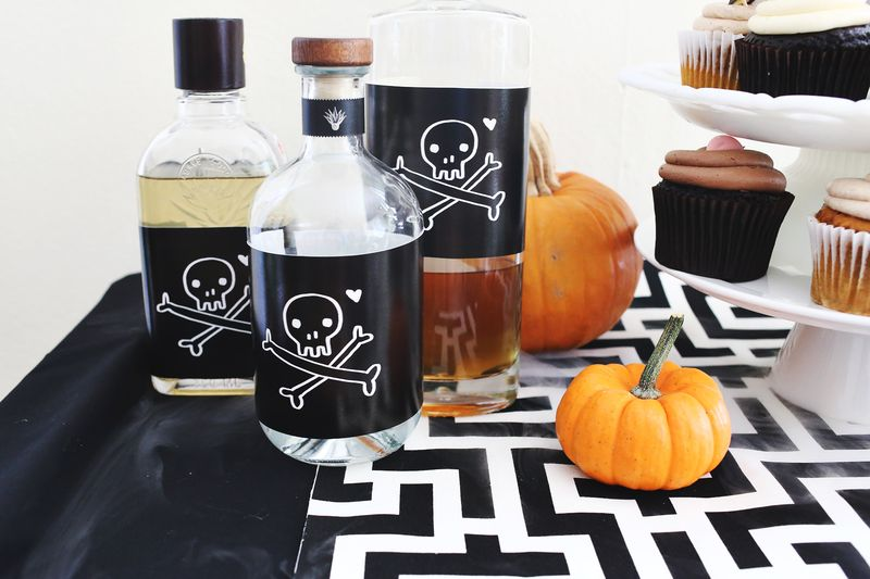 Throw a Drop Dead Gorgeous Halloween Party