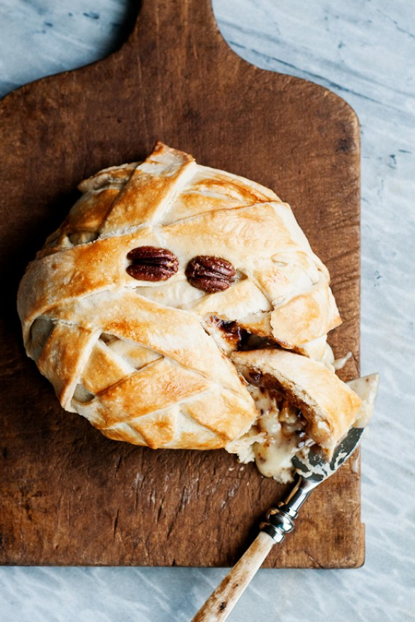 Mummy Baked Brie | Throw a Drop Dead Gorgeous Halloween Party