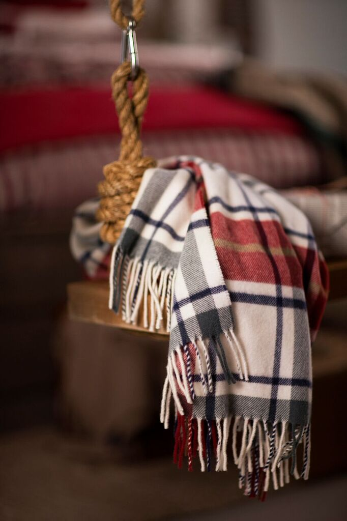 lexington-company-blankets-throws.jpg