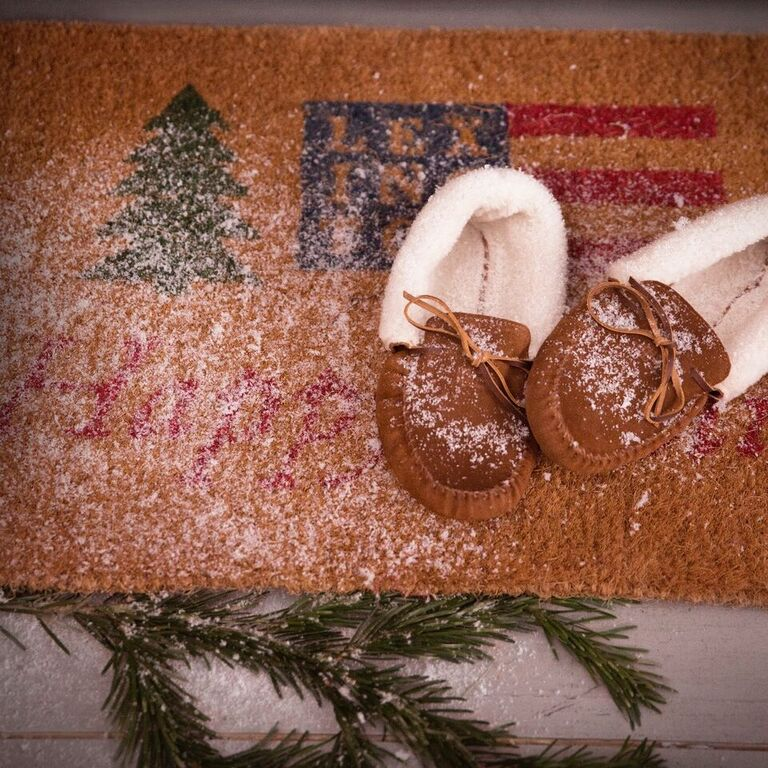 Lexington Holiday Welcome Door Mat