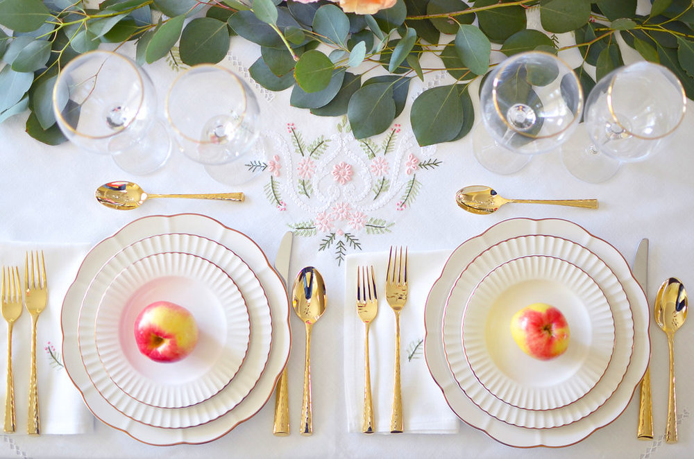 rosh-hashanah-table-marchesa-lenox-table-and-dine