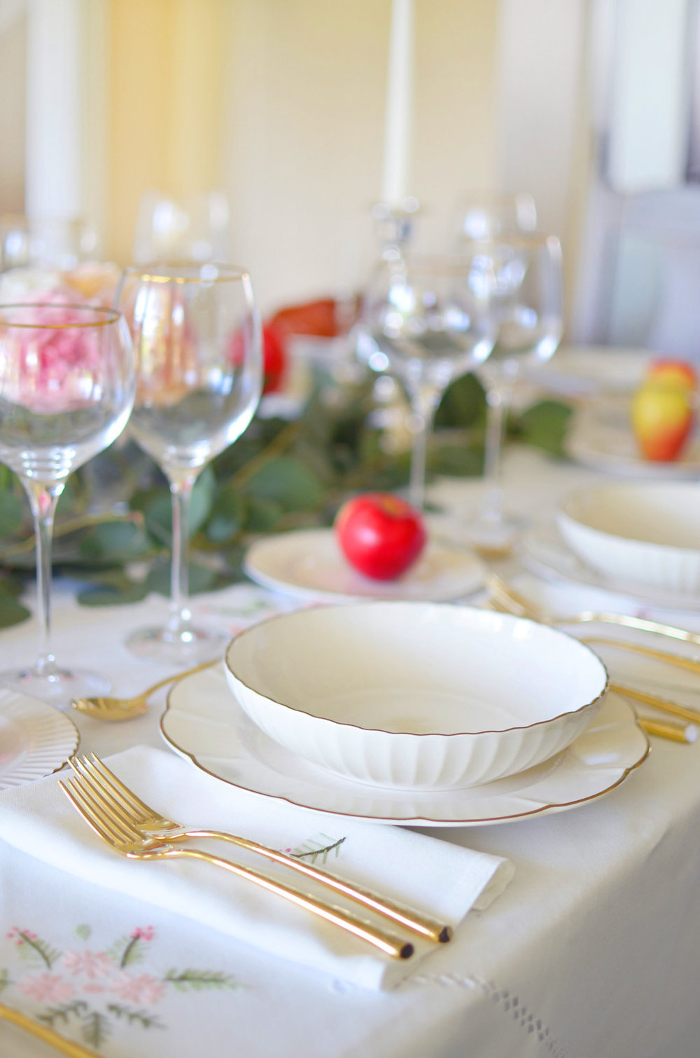 rosh-hashanah-table-lenox-marchesa-table-and-dine