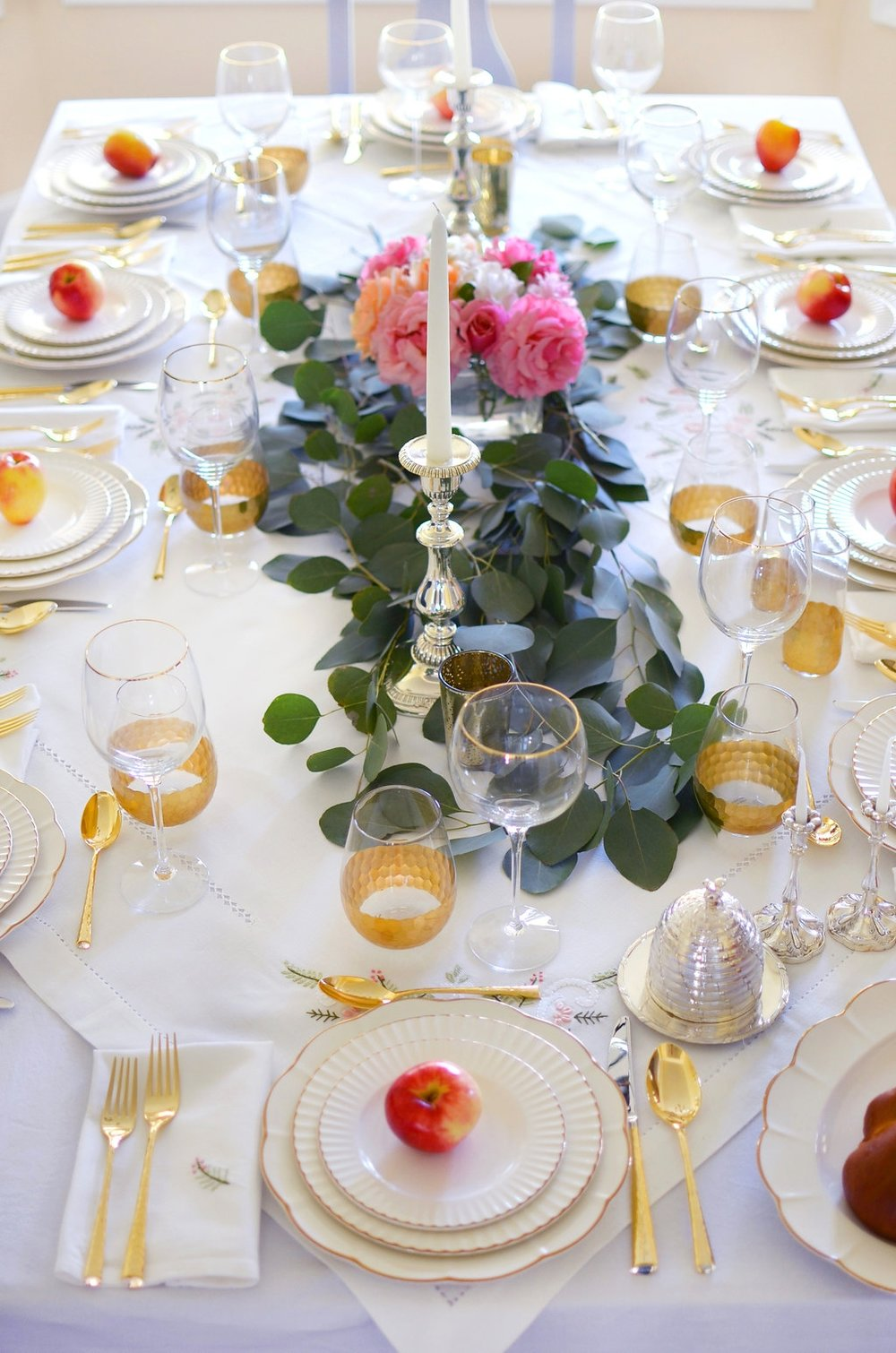 rosh-hashanah-lenox-marchesa-table-and-dine