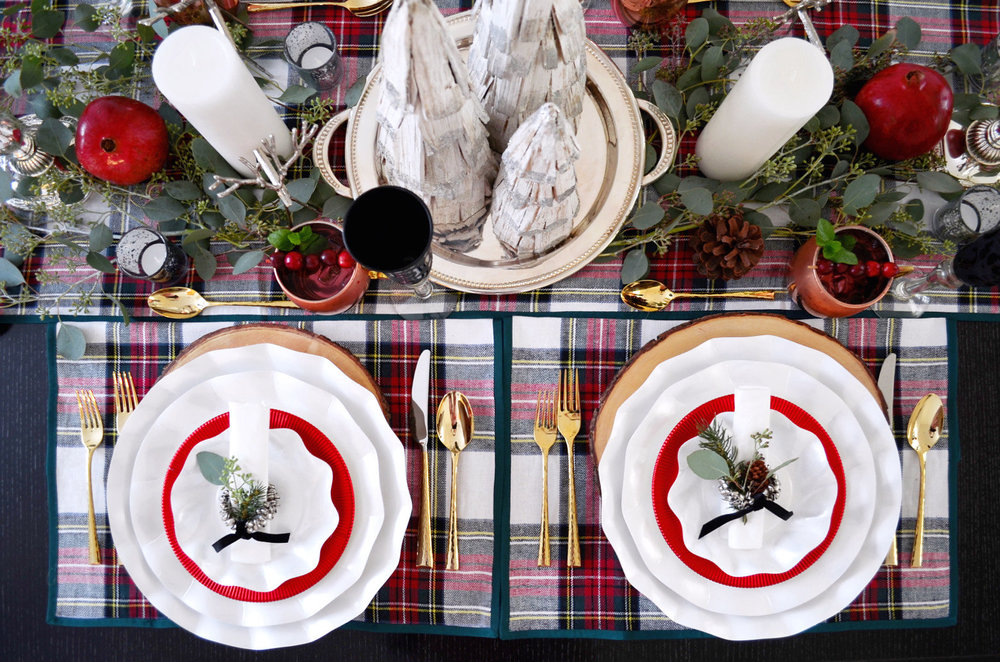 Holiday table- Going Plaid for the Holidays 0213