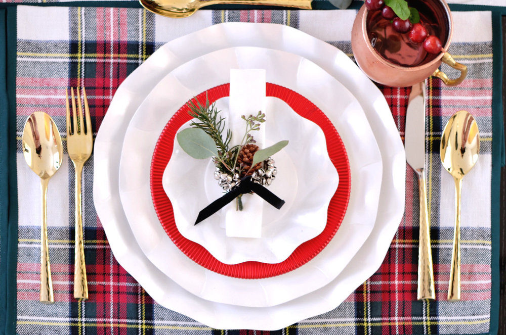 Holiday Plaid Table 0241