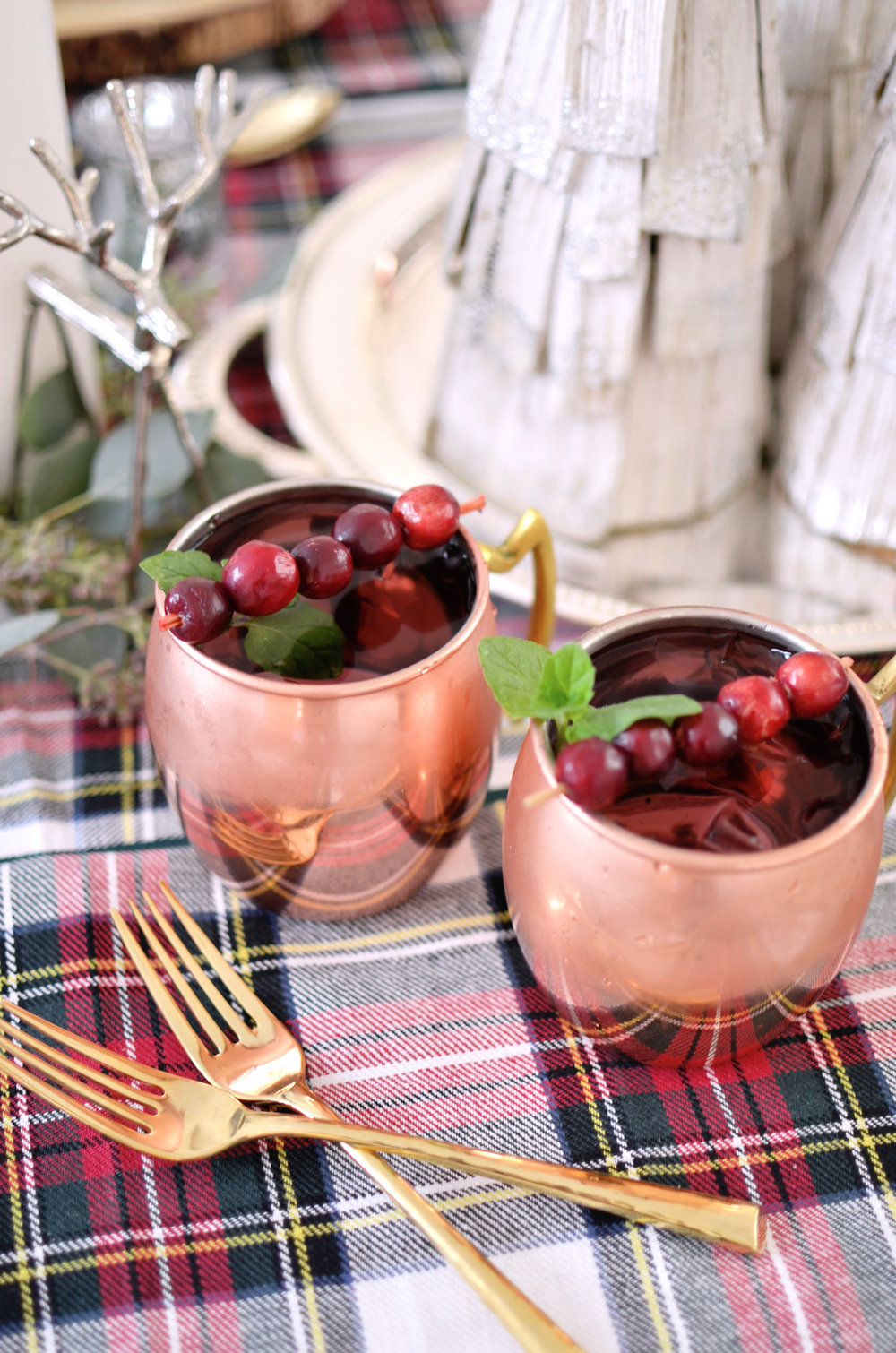 Holiday Cranberry Moscow Mules: Recipe below.