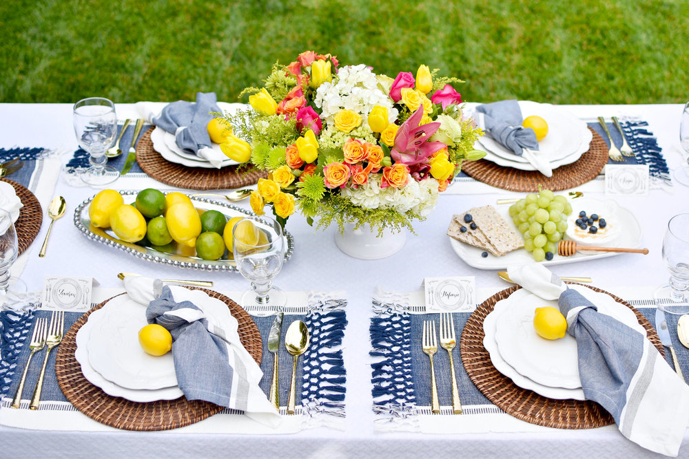 HOST A GARDEN PARTY WITH LENOX HOST