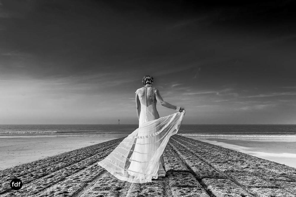 Braut-Meer-Hochzeit-Brautkleid-Shooting-Knokke-1 207.jpg