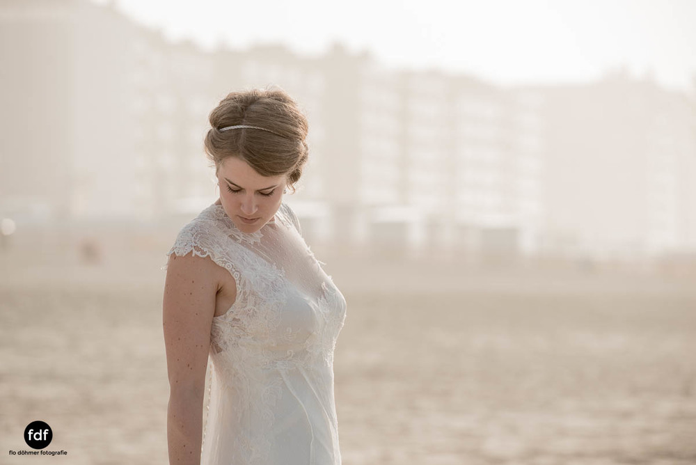 Braut-Meer-Hochzeit-Brautkleid-Shooting-Knokke-6 202.jpg