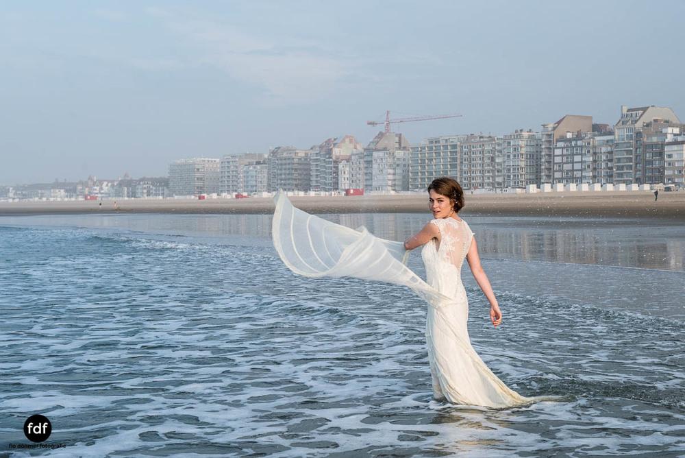 Braut-Meer-Hochzeit-Brautkleid-Shooting-Knokke-22 217.jpg