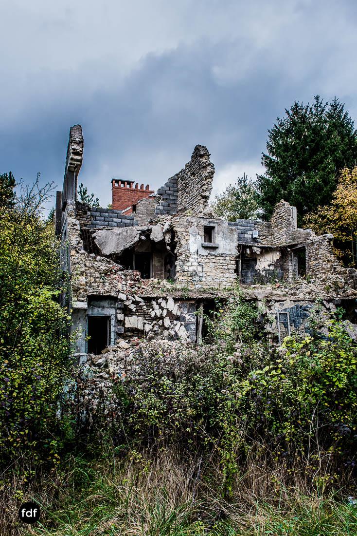 Banlieu-Saint-Jean-Kaserne-Lager-Maginotlinie-Ruine-Lost-Place-Urbex-103.jpg