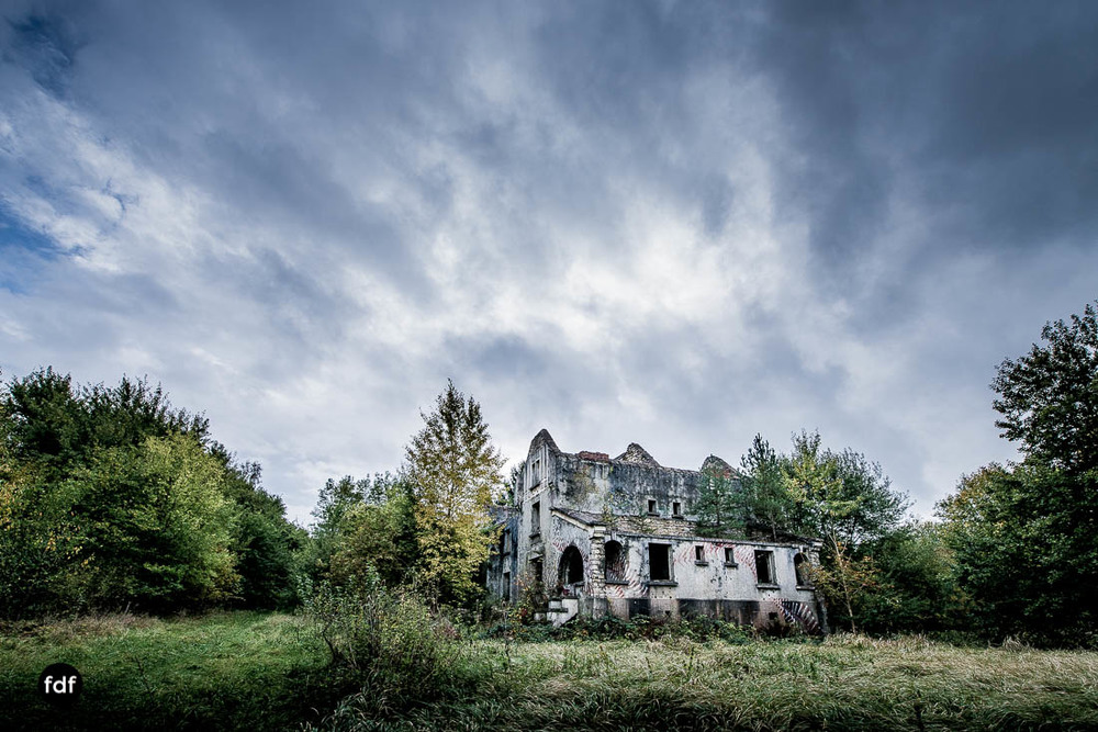 Banlieu-Saint-Jean-Kaserne-Lager-Maginotlinie-Ruine-Lost-Place-Urbex-105.jpg