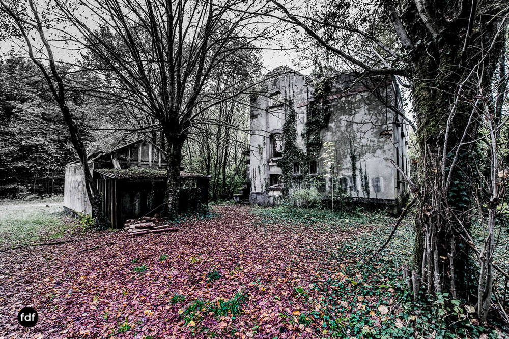 Banlieu-Saint-Jean-Kaserne-Lager-Maginotlinie-Ruine-Lost-Place-Urbex-109.jpg
