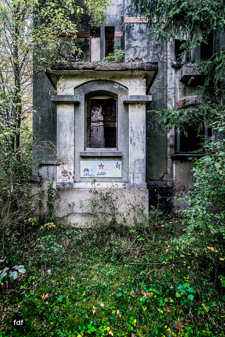 Banlieu-Saint-Jean-Kaserne-Lager-Maginotlinie-Ruine-Lost-Place-Urbex-110.jpg