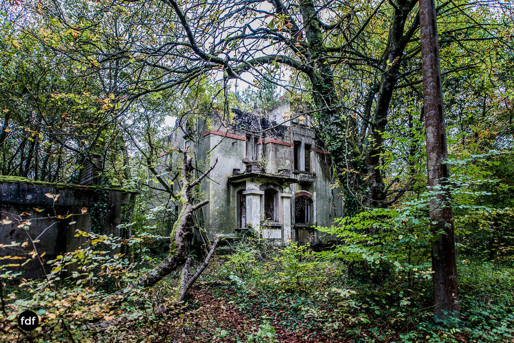 Banlieu-Saint-Jean-Kaserne-Lager-Maginotlinie-Ruine-Lost-Place-Urbex-111.jpg
