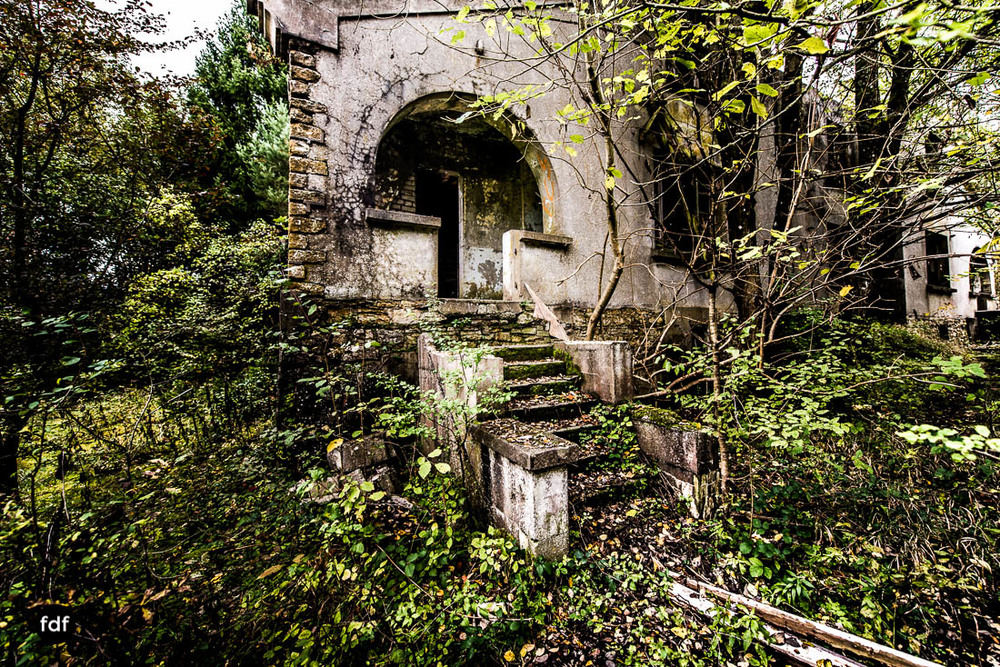 Banlieu-Saint-Jean-Kaserne-Lager-Maginotlinie-Ruine-Lost-Place-Urbex-113.jpg