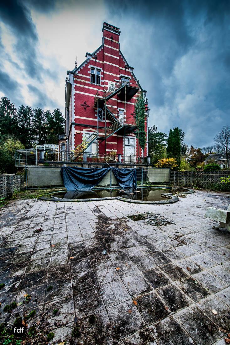 Chateau-Rouge-Lost-Place-Urbex-Anwesen-Villa-Hotel-Belgien-101.jpg