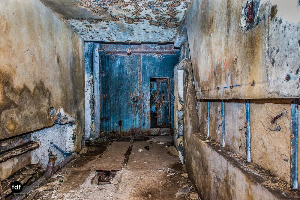 Mont-des-Welches-Maginot-Linie-Bunker-Dark-Place-Armee-Frankreich-Weltkrieg-102.jpg